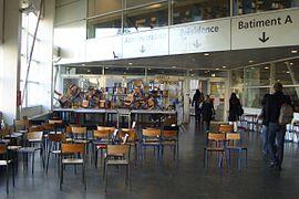 Blocage Paris8 Dec2007-3.JPG