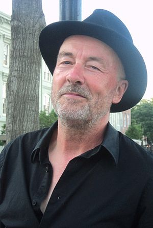 Bob Andrews (keyboardist)