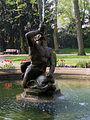 Bolongaro-Palast Brunnen 14042009.JPG