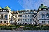 Fil:Bondeska palatset Högsta domstolen nordsidan.jpg
