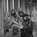 Bonnie St. Claire & Unit Gloria - TopPop 1974 3.png