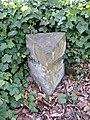Boundary stone, Shelley - Kirkburton - geograph.org.uk - 393876.jpg