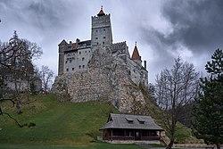 Bran castle (47626731362).jpg