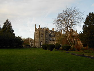 Braziers Park - Braziers Park House (left side)