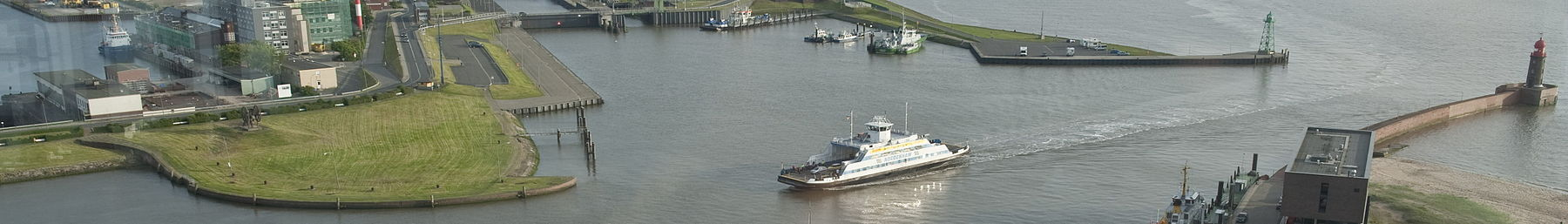 Bremerhaven banner Harbour view from tower.jpg
