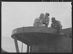 Building foundations for anti-aircraft guns on a cargo vessel 8d39901v.jpg