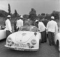 Bundesarchiv B 145 Bild-F006699-0005, Autobahnpolizei NRW, Besuch aus Frankreich.jpg