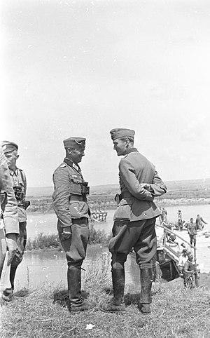 Joachim von Kortzfleisch - General Kortzfleisch (right), 1941.