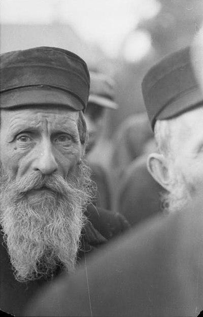 Portrait d'un vieil homme juif polonais à Varsovie en 1939.