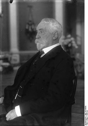Edgar Vincent, 1st Viscount D'Abernon - Lord D'Abernon in 1926
