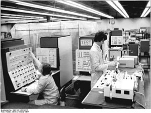 History of computer hardware in Soviet Bloc countries - The ES-1040 mainframe in Dresden, East Germany