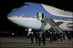 Bush after landing in Mar del Plata 02.jpg
