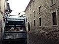 Calle Pintoreria, camion de basura.jpg