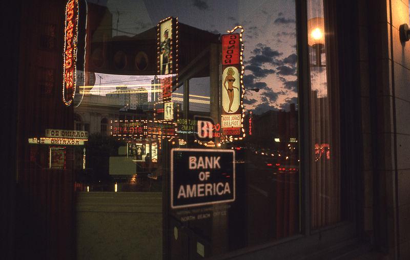 File:Carol Doda Bank of America 1973.jpg