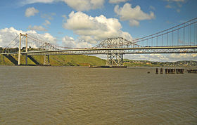 Image illustrative de l'article Carquinez Bridge