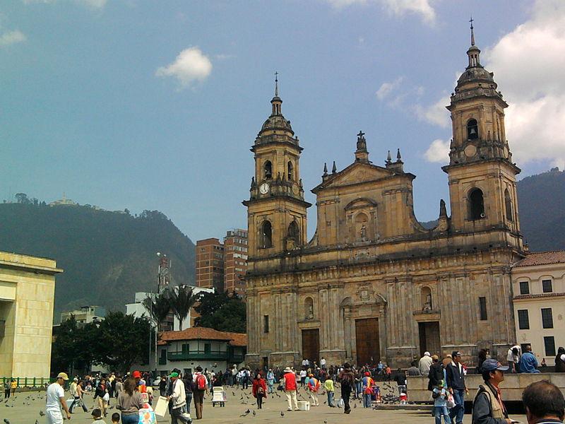 File:Catedral Primada de Bogotá.jpg