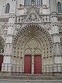 Cathédrale Saint-Pierre-et-Saint-Paul - Nantes, France - door.jpg