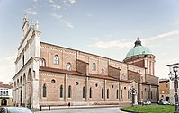 Cathedral (Vicenza) - Sud esposizione.jpg