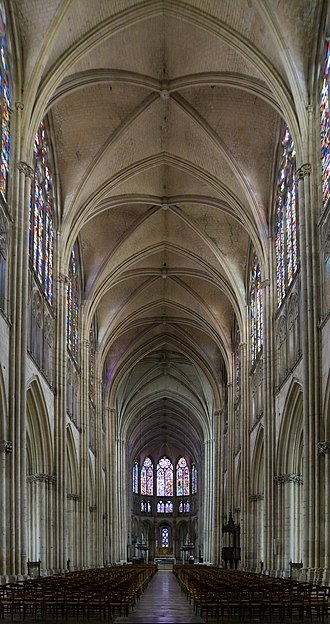 Troyes Cathedral - Image: Cathedrale Troyes nef
