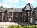 Château de Coëtbo vue cour 02.JPG