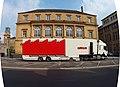 Charleville-Mézières-FR-08-camion d'animation devant le théâtre-02.jpg