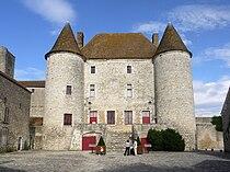 Chateau de Nemours P1050505.jpg