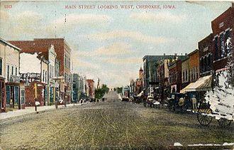Cherokee, Iowa - Main street in 1909.