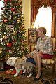 Chesty XIV Christmas tree 131216-M-LU710-164.jpg