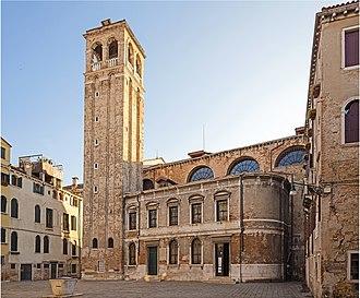 San Silvestro, Venice - Image: Chiesa di San Silvestro (Venezia) Campanile in campo