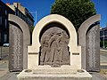 Clermont-Ferrand - Monument aux morts 1952-1962 (juil 2020).jpg