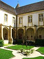 Cloître prieuré N-D, Paray - 71.jpg