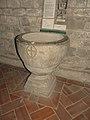 Codiponte-pieve santi Cornelio e Cipriano-fonte battesimale.jpg
