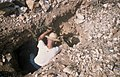 Collectie Nationaal Museum van Wereldculturen TM-20029116 Paradera, het delven van goudhoudende gesteenten Aruba Boy Lawson (Fotograaf).jpg