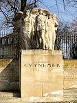 Compiègne (60), monument pour G. Guynemer, rue St-Lazare - bd Victor-Hugo 2.jpg