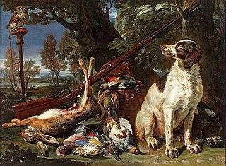 Pies, sowa i trofea myśliwskie