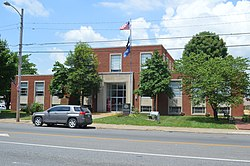 Crittenden County Courthouse, Marion.jpg