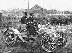 Croxted 8-10 HP (1904).jpg