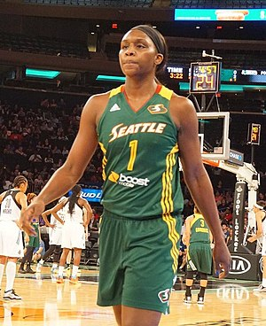 Crystal Langhorne - Image: Crystal Langhorne at 2 August 2015 game cropped