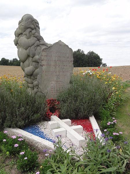 Cugny (Aisne) monument des aviateurs 1944