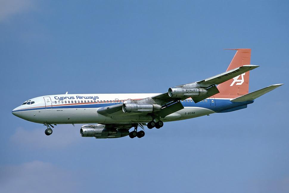 Cyprus Airways Boeing 720B G-BCBB LHR 1978-8-24