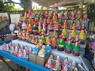 "Thanjavur - Thanjavur ""thalayatti bommai"" stall"