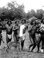 Dansande män. Rio Jaqué, v. kusten av Darién, Panamá.. Panama - SMVK - 004069.tif