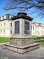 Denkmal-BernhardIII.jpg