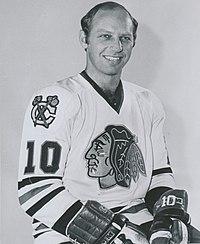 Dennis Hull 1977.JPG