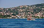 Deren-D ferry on the Bosphorus in Istanbul, Turkey 002.jpg