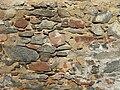 Detail zdiva kostnice v Kostelních Střimelicích.JPG