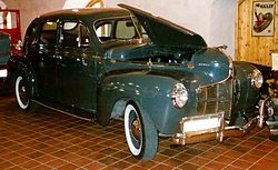 Dodge Luxury Liner Deluxe Serie D14 (1940)