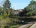 Drewniany dom pstra 23.jpg