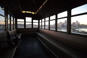 Duquesne Incline - Image: Duquesne Incline interior