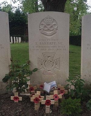 Essex Farm Cemetery - Image: Essex Farm CWGC Cemetery Thomas Barratt VC
